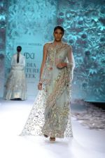 Rahul Mishra showcases Monsoon Diaries at the FDCI India Couture Week 2016 in Taj Palace on 22 July 2016 (75)_5792f96d35f7e.JPG