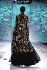 Rahul Mishra showcases Monsoon Diaries at the FDCI India Couture Week 2016 in Taj Palace on 22 July 2016 (79)_5792f96fa39b3.JPG