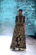 Rahul Mishra showcases Monsoon Diaries at the FDCI India Couture Week 2016 in Taj Palace on 22 July 2016 (80)_5792f9704ad80.JPG