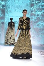 Rahul Mishra showcases Monsoon Diaries at the FDCI India Couture Week 2016 in Taj Palace on 22 July 2016 (81)_5792f970e1d26.JPG