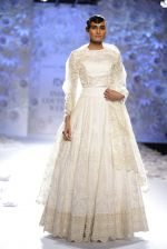 Rahul Mishra showcases Monsoon Diaries at the FDCI India Couture Week 2016 in Taj Palace on 22 July 2016 (89)_5792f9768454b.JPG