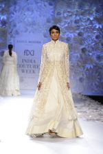 Rahul Mishra showcases Monsoon Diaries at the FDCI India Couture Week 2016 in Taj Palace on 22 July 2016 (92)_5792f97873093.JPG