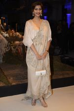 Sonam Kapoor during Anamika Khanna showcase When Time Stood Still at the FDCI India Couture Week 2016 on 22 July 2016 (12)_5793233333fa9.JPG