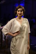 Sonam Kapoor during Anamika Khanna showcase When Time Stood Still at the FDCI India Couture Week 2016 on 22 July 2016 (27)_579323a24b61d.JPG