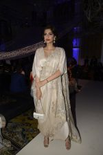 Sonam Kapoor during Anamika Khanna showcase When Time Stood Still at the FDCI India Couture Week 2016 on 22 July 2016 (34)_57932341ee66b.JPG