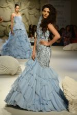 Saiyami Kher during showcase of Gaurav Gupta collection scape song at FDCI India Couture Week 2016 on 23 July 2016 (1)_57943cf847bbc.JPG