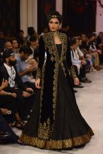 Models walk the ramp displaying Rohit Bal_s latest collection Kehkashaan at the India Couture Week 2016 on July 24, 2016 (105)_5796224579d84.JPG