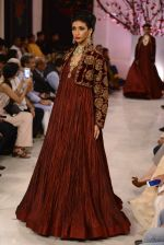 Models walk the ramp displaying Rohit Bal_s latest collection Kehkashaan at the India Couture Week 2016 on July 24, 2016 (127)_579622572f56a.JPG