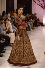 Models walk the ramp displaying Rohit Bal_s latest collection Kehkashaan at the India Couture Week 2016 on July 24, 2016 (139)_57962261196fe.JPG