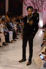 Models walk the ramp displaying Rohit Bal_s latest collection Kehkashaan at the India Couture Week 2016 on July 24, 2016 (56)_5796221cd9863.JPG
