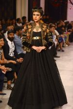 Models walk the ramp displaying Rohit Bal_s latest collection Kehkashaan at the India Couture Week 2016 on July 24, 2016 (80)_57962231b623d.JPG