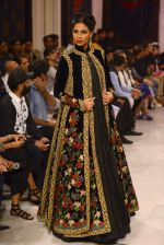 Models walk the ramp displaying Rohit Bal_s latest collection Kehkashaan at the India Couture Week 2016 on July 24, 2016 (84)_57962234f0f25.JPG