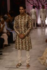 Models walk the ramp displaying Rohit Bal_s latest collection Kehkashaan at the India Couture Week 2016 on July 24, 2016 (13)_579621f7c1511.JPG