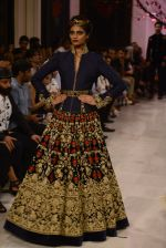 Models walk the ramp displaying Rohit Bal_s latest collection Kehkashaan at the India Couture Week 2016 on July 24, 2016 (25)_57962200b1cf3.JPG