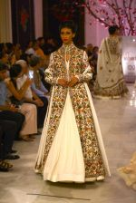 Models walk the ramp displaying Rohit Bal_s latest collection Kehkashaan at the India Couture Week 2016 on July 24, 2016 (3)_579621eeea785.JPG