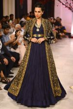 Models walk the ramp displaying Rohit Bal_s latest collection Kehkashaan at the India Couture Week 2016 on July 24, 2016 (38)_5796220de2a12.JPG