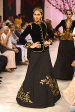 Models walk the ramp displaying Rohit Bal_s latest collection Kehkashaan at the India Couture Week 2016 on July 24, 2016 (42)_5796221092e32.JPG