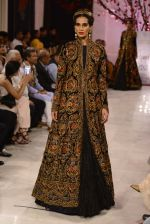 Models walk the ramp displaying Rohit Bal_s latest collection Kehkashaan at the India Couture Week 2016 on July 24, 2016 (95)_5796223ebdd74.JPG