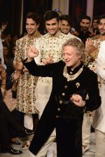 Rohit Bal during Rohit Bal_s latest collection Kehkashaan at the India Couture Week 2016 on July 24, 2016 (4)_579622868227b.JPG