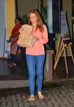 Lulia Vantur snapped leaving a spa on 26th July 2016 (5)_57984d4e57822.JPG