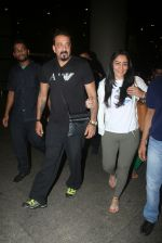 Sanjay Dutt, Manyata Dutt snapped at the airport on 27th July 2016