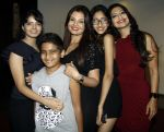 priyanshi,vivan,deepshikha,vidhika & aartii naagpal at a surprise party for Aartii Naagpal on 27th July 2016_5798a72f4a90f.jpg