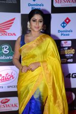 Poorna at Mirchi Music Awards 2016 on 27th July 2016 (14)_57998f91b973d.JPG