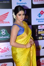 Poorna at Mirchi Music Awards 2016 on 27th July 2016 (20)_57998f9eedb1e.JPG