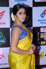 Poorna at Mirchi Music Awards 2016 on 27th July 2016 (22)_57998fa33a50f.JPG