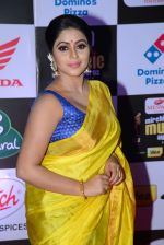 Poorna at Mirchi Music Awards 2016 on 27th July 2016 (24)_57998fa659960.JPG