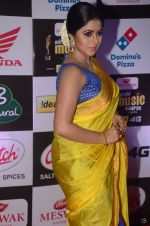 Poorna at Mirchi Music Awards 2016 on 27th July 2016 (72)_57998fec2a956.JPG