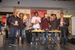 Ashutosh Gowariker, Kay Kay Menon, Makarand Deshpande at Raj Supe book launch in Mumbai on 27th July 2016 (21)_579997742904e.JPG