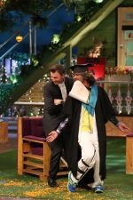 Brett Lee promote Unindian on the sets of The Kapil Sharma Show on 27th July 2016 (6)_5799bea1747bc.JPG