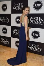 Evelyn Sharma at Vogue Beauty Awards 2016 on 27th July 2016 (172)_5799a61e85786.JPG