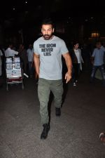John Abraham snapped at airport on 27th July 2016 (10)_57998d0552a63.JPG