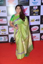 Khushboo at Mirchi Music Awards 2016 on 27th July 2016 (20)_579994e8109d3.JPG