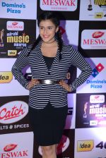 Mannara Chopra at Mirchi Music Awards 2016 on 27th July 2016 (11)_57998f4202926.JPG