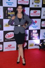 Mannara Chopra at Mirchi Music Awards 2016 on 27th July 2016 (15)_57998f49d0b25.JPG