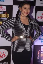 Mannara Chopra at Mirchi Music Awards 2016 on 27th July 2016 (60)_57998fc00e4bf.JPG