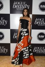 Monica Dogra at Vogue Beauty Awards 2016 on 27th July 2016 (20)_579989ff06ebc.JPG