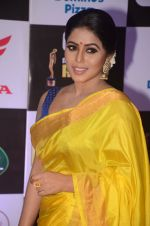 Poorna at Mirchi Music Awards 2016 on 27th July 2016 (288)_579995acc61a2.JPG