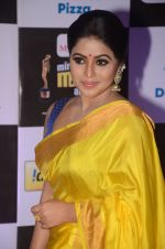 Poorna at Mirchi Music Awards 2016 on 27th July 2016 (277)_57999560b194c.JPG
