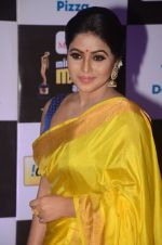 Poorna at Mirchi Music Awards 2016 on 27th July 2016 (278)_5799956292ee7.JPG