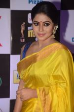 Poorna at Mirchi Music Awards 2016 on 27th July 2016 (279)_57999566c94c9.JPG