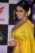 Poorna at Mirchi Music Awards 2016 on 27th July 2016 (285)_5799957be42cd.JPG