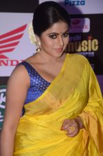 Poorna at Mirchi Music Awards 2016 on 27th July 2016 (297)_5799959d0f8b3.JPG