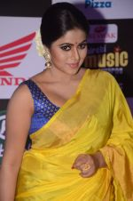 Poorna at Mirchi Music Awards 2016 on 27th July 2016 (298)_5799959f17527.JPG