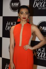 Radhika Apte at Vogue Beauty Awards 2016 on 27th July 2016 (214)_5799a696d33a4.JPG