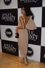 Sayani Gupta at Vogue Beauty Awards 2016 on 27th July 2016 (8)_579a0968520d7.JPG