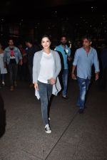 Sunny Leone snapped at airport on 27th July 2016